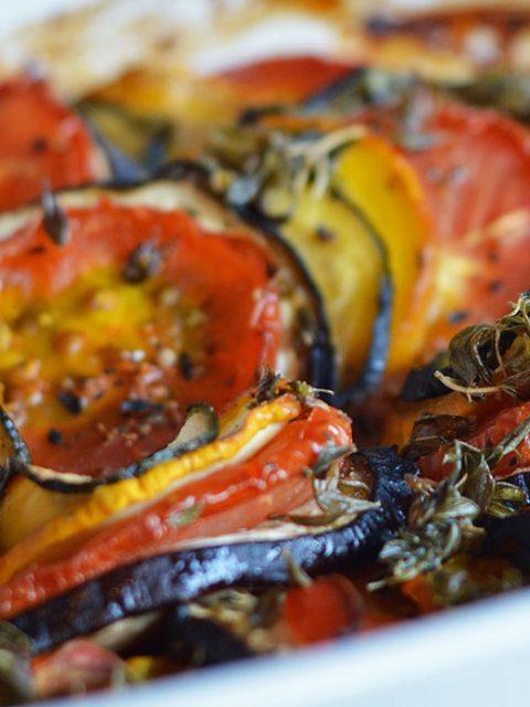 Ofen-Ratatouille mit Mozzarella