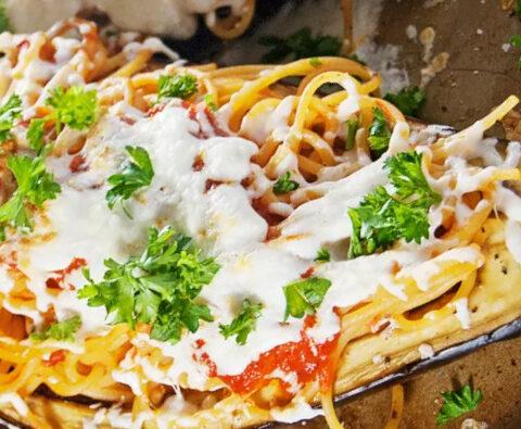 Gefüllte Auberginen mit Spaghetti
